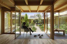 Casa Pátio em Nagoya / Takeshi Hosaka Architects