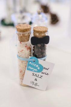 Cadeaux de mariage - sel et poivre - invités