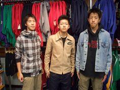 【新宿2号店】 2012年10月29日    山梨から遊びに来てくれた仲良し3人組みです!!    高校のバスケ部に所属しているそうです!!    若くて正直羨ましかったです    これからも部活に勉強にがんばってくださいね!!