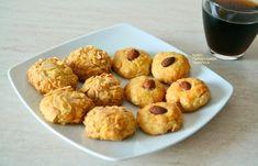 Μπισκότα αμυγδάλου από τη Νεάπολη Λασιθίου - cretangastronomy.gr Dessert Recipes, Desserts, Muffin, Cookies, Breakfast, Food, Tailgate Desserts, Crack Crackers, Morning Coffee