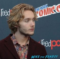 Toby Regbo (Prince Francis) chats about Reign on the CW