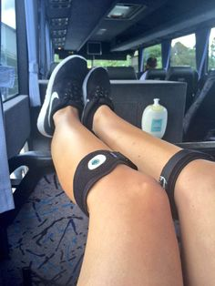 @katecross16: 'Going to have fresh legs by the end of this mammoth journey thanks to @fireflyrecovery #recoverin' #Cricket #TeamFirefly