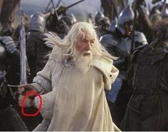 Mistakes in the Lord of the rings movie