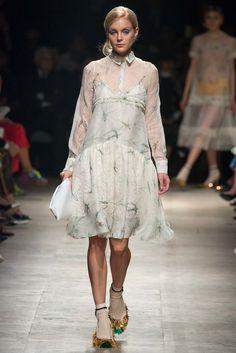 Rochas Spring 2015 Ready-to-Wear Fashion Show - Jessica Stam (IMG)