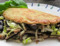 Haferflockenomelette mit Pilzfülle Omelette, Tacos, Mexican, Beef, Ethnic Recipes, Food, Fungi, Food Food, Meat