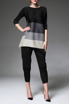 AGD -  Ruched Color Block Blouse