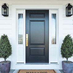 How many ways can you style a Therma-Tru entry? So many ways! Browse our inspiration photo gallery for great ideas from you all! We are so inspired by you. Best Front Doors, Black Front Doors, Front Door Entrance, House Front Door, Painted Front Doors, House Doors, Front Porch, Door Entry, Front Entry