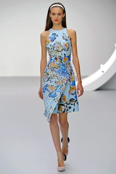 See all the Collection photos from Michael Van Der Ham Spring/Summer 2013 Ready-To-Wear now on British Vogue Review Fashion, Fashion Week, Runway Fashion, Spring Fashion, High Fashion, Fashion Show, Autumn Fashion, Fashion Looks, Womens Fashion