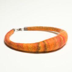 Handmade orange felt necklace by Dahrana