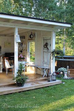kesäkeittiö,palju,piharakennus,piha,puutarha