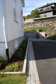 Outdoor Living, Sidewalk, Outdoors, Gardening, Design, Art, Patio, Sidewalk Ideas, Walkways