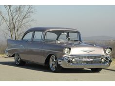 Chevrolet : Bel Air/150/210 Rest Mod 1957 Chevrole - http://www.legendaryfinds.com/chevrolet-bel-air150210-rest-mod-1957-chevrole/