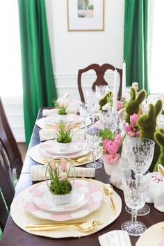 40 Beautiful DIY Easter Table Decorating Ideas for Spring 2020 For smaller sanctuaries, you could establish a table and make a cross table scape of 3 crosses and some Easter flowers. You can decide to just decorate a table or… Continue Reading → Easter Table Settings, Easter Table Decorations, Easter Decor, Easter Ideas, Table Centerpieces, Easter Centerpiece, Easter Dinner, Easter Brunch, Easter Party
