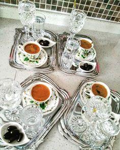 Bursa'dan gelen arkadaşımla bugün çok güzel bir gün geçirdik. Bunlar da günün sonunda içtiğimiz keyif kahvelerimiz. ☕☕☕ #kahvekeyfi #yasamtarziniz #coffee #coffeetime #sunumgram #sunum #happyday #yasamtarziniz #hayatburada #coffeselfies