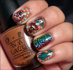 Mexican nails by crazypolishes.com http://www.crazypolishes.com/2013/10/33dc05-mexican.html