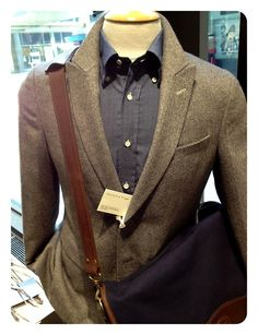 Pieces of the Gant fall'13 collection are landing in the shop.