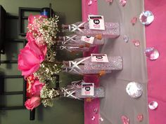 Sparkle party favors!! 13th Birthday, Girl Birthday, Birthday Parties, Gossip Girl Party, Sparkle Party, Hens Night, Childrens Party, Display Ideas, Communion