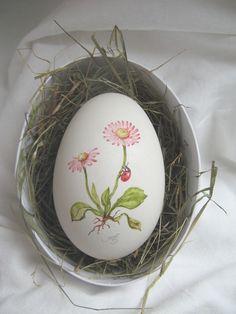 Jesus is the Savior! Easter Egg Pattern, Art Supply Stores, Diy Ostern, Painted Rocks, Hand Painted, Egg Art, Egg Decorating, White Art, Felt Flowers