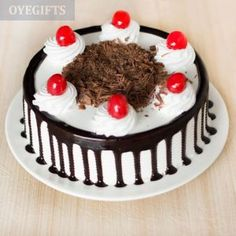 Send across your love and remembrance with this delectable 'Black Forest Cake'. It is this eggless and freshly baked black forest cake that is so delicious, be it birthday or anniversary, no celebration can be complete without some cake and this is the Cake Home Delivery, Online Cake Delivery, Order Cakes Online, Cake Online, Buy Cake, Cake Shop, Send Birthday Cake, Mocha Cake, Best Bakery