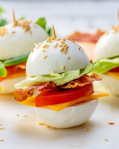 These BLT Egg 'Buns' are the Perfect Protein Breakfast or Snack! | Clean Food Crush