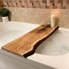 Bathtub Board, Wood Bathtub, Diy Bathtub, Bathtub Decor, Bathtub Alcove, Bath Tub, Decorating Around Bathtub, Live Edge Wood, Deco Design