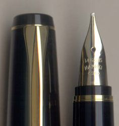 barrel and nib detail of the Namiki Falcon Resin Fountain Pen