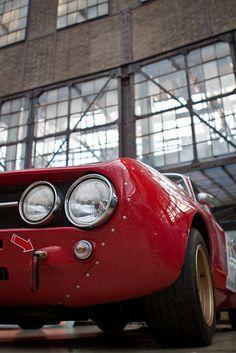 Classic Car News Pics And Videos From Around The World Alfa Romeo Gta, Alfa Romeo Giulia, Alfa Gta, Vintage Racing, Vintage Cars, Antique Cars, Classic Motors, Classic Cars, Alfa Bertone