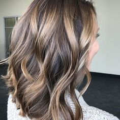 Bronde Saturdays! Color by @catherinelovescolor #hair #hairenvy #hairstyles #haircolor #bronde #balayage #highlights #newandnow #inspiration #maneinterest