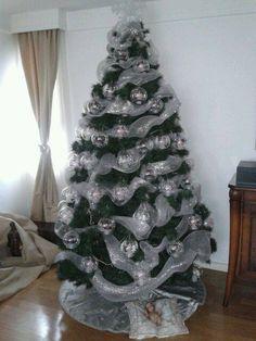 arvore de natal com bolas transparentes decoradas e com luz led  - Castorina