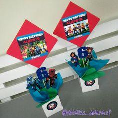 Roblox, centros de mesa Roblox Birthday Cake, 8th Birthday Cake, Farm Birthday, Birthday Games, 6th Birthday Parties, Birthday Ideas, Birthday Party Centerpieces, Glow Party, Party Themes