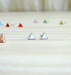 18K Gold tiny triangle earrings, white gold studs, Tiny post earrings, simple earrings, geometric earrings, minimalist jewelry, gift for her