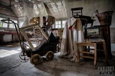 Abandoned Maison de Viron, Belgium. Notice the carriage. The first time I have seen one like that.