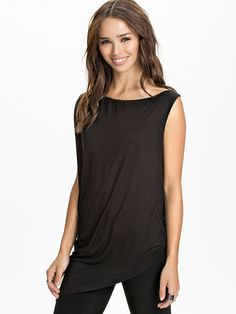 Wrap Back Overlay Asymetric T - Shirt - Club L Essentials - Black - Tops - Clothing - Women - Nelly.com Uk