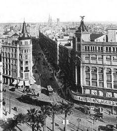 Grandes Almacenes El Aguila. 1925 (entre Plaça Universitat y Carrer Pelai)