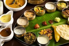 There's something about a sadhya that brings out the true blue mallu in me ..... slurrrrpppp ......
