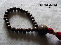 Pulsera Japa Mala Rosario Budista Tibetano 01. por Samayana en Etsy, $10.00