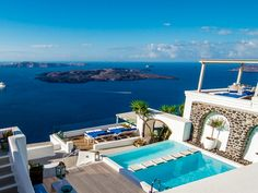 Discover Iconic Santorini hotel on HOUSE - design, food and travel by House & Garden. Looking for Santorini holiday ideas? This hotel over sapphire waters lives up to its name. Imerovigli Santorini, Santorini Hotels, Santorini Greece, Cuba Hotels, Santorini Honeymoon, Greece Honeymoon, Greece Hotels, Santorini Island, Mykonos