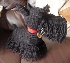 Crocheting: Amigurumi Scottie Dog... makes me want pick up a crochet hook!