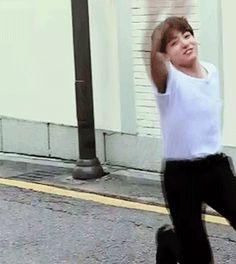 Jungkook doing flips|| JUST BTS JUNGKOOK so freaken hot lol
