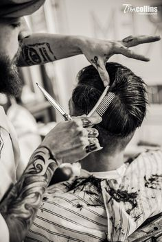Schorem Haarsnijder & Barbier | Tim Collins Photography Tony Barber, Barber Man, Barber Logo, Barber Shop Interior, Barber Shop Decor, Barber Shop Pictures, Hair Salon Names, Barber Apron, Barber Haircuts