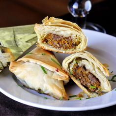 Curry Beef Triangles is a one of my go-to recipes for a tasty finger food when entertaining guests at my house. Besides being easy to make and so delicious, they can be made in advance and simply popped into the oven when needed. 1 pkg (1 lb) frozen phyllo pastry. thawed 1/2 cup melted …