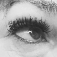 No these are not strips lashes... Just a fabulous set of lash extensions by Heather!  Imagine waking up with these beauties every day! ✌️ #utahlashes #utahlashextensions #nomascara #utahhair #utahhairstylist #Padgram