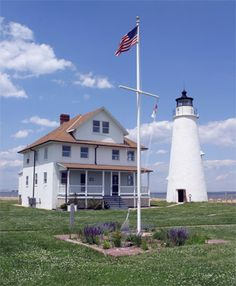History of Cove Point Lighthouse, Maryland at Lighthousefriends.com