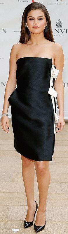 Selena Gomez: Dress – Lanvin  Jewelry – Lorraine Schwartz  Shoes  - Jimmy Choo