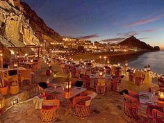 Seaside restaurant in Cabo San Lucas