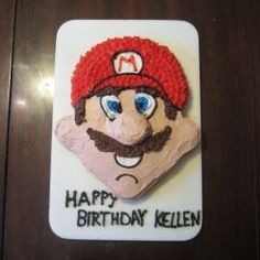 Make a fabulous Super Mario birthday cake! Get easy step-by-step instructions with pictures for a no-fail Mario cake! Super Mario Party, Super Mario Bros, Super Mario Cake, Mario Birthday Cake, Super Mario Birthday, Birthday Fun, Birthday Parties, Birthday Cakes, Birthday Ideas