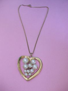 Vintage Gold Tone Heart Necklace MM285 by HeartsMaddness on Etsy, $10.00