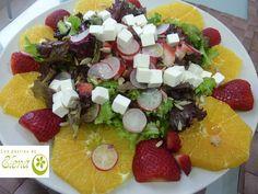 Ensalada de naranja y fresones  Me ha gustado mucho esta ensalada, que he cogido del blog directo al paladar, la repetiré seguro por lo menos mientras estemos en temporada de fresas.  http://www.lospostresdeelena.com/2013/02/ensalada-de-naranja-y-fresones.html