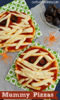 Do you need an idea for a Halloween party food?  Try this Mummy Pizza recipe.  It's easy to put together for a Halloween dinner/snack, and you can even have the kids put them together themselves for a Halloween party!