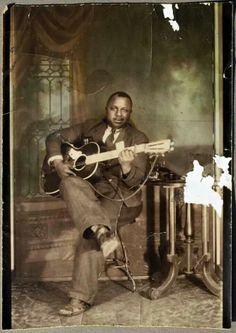 Big Joe Williams - St. Louis 1930's